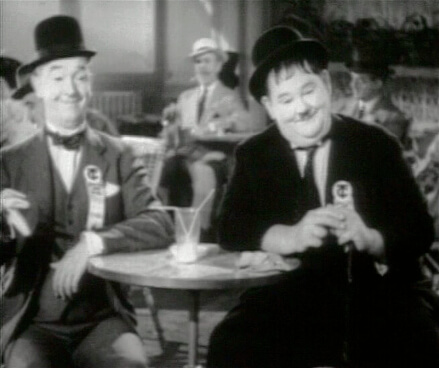 Laurel & Hardy in Flying Deuces